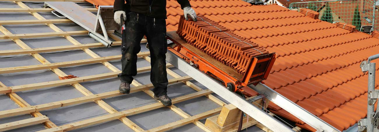 How Much Does A New Roof Cost In 2020 Mybuilder Com