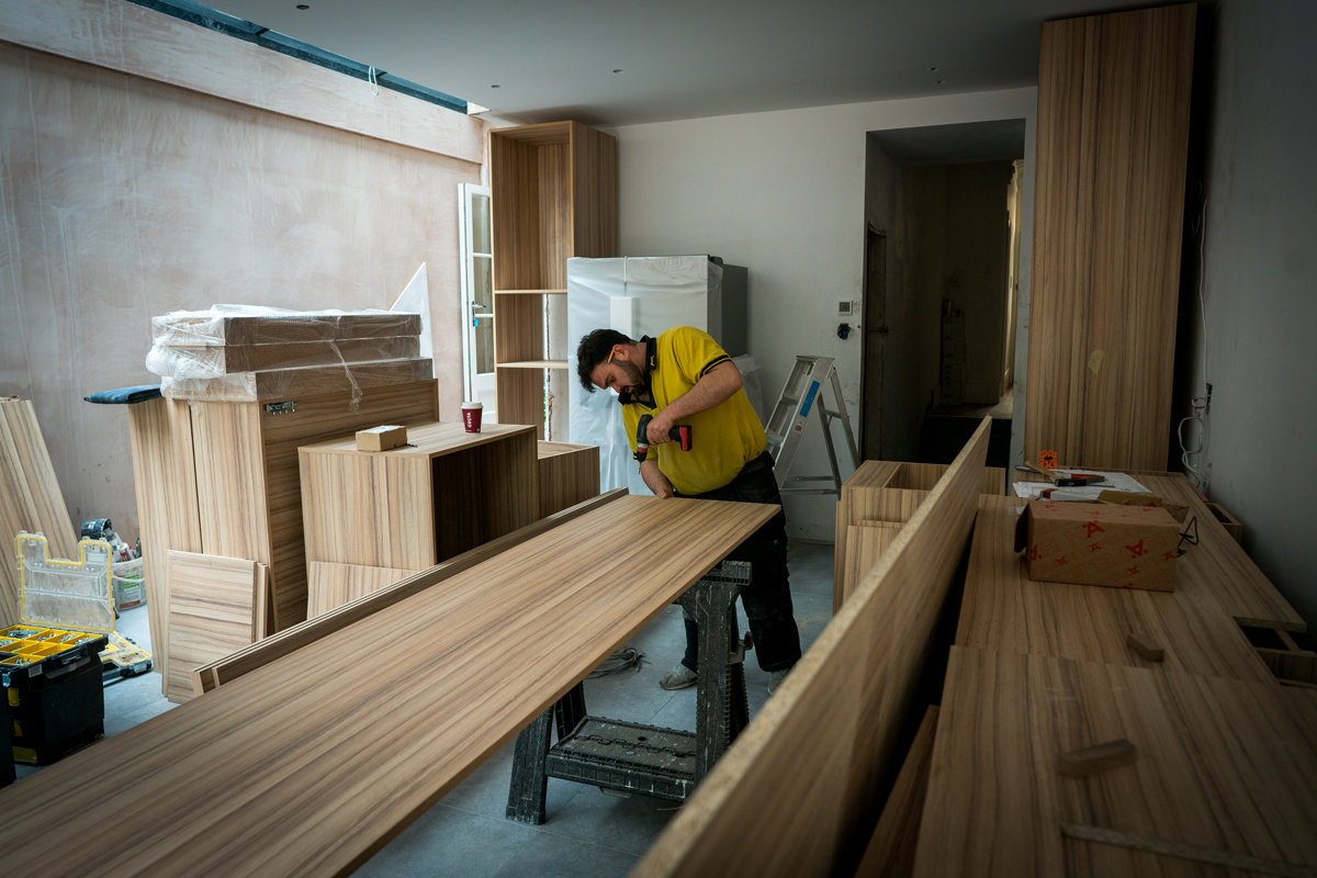 how much does fitting a new kitchen cost mybuilder com