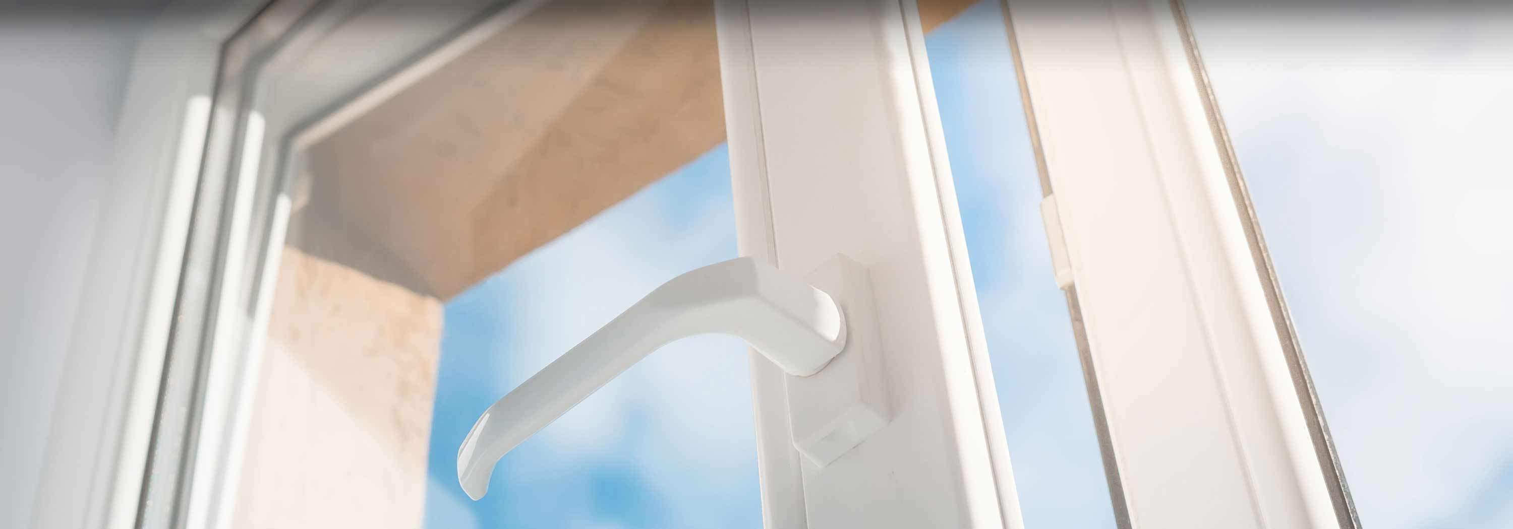 wholesale dealer df8f5 88b5e How Much Do Double Glazed Windows Cost in 2019? | MyBuilder.com